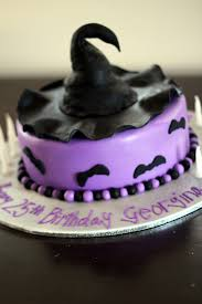 simple halloween cake halloween birthday cake with witches hat and bats backen