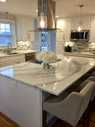cambria quartz berwyn two tone kitchen gray and white kitchen white shaker kitchen cabinets with white and gray quartz from cambria brittanicca