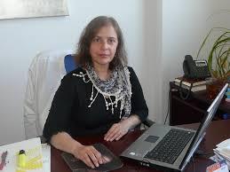 la profesora Ana Paula Zaderenko