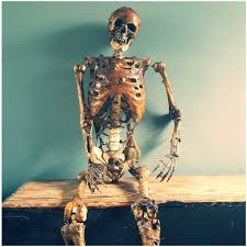Life Size Skeleton Halloween by Life Size Rotting Skeleton Corpse Artist Made Mad About Horror