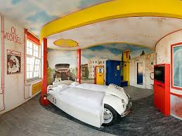 Hotel Canopy Classic by Themed Hotel Suites That Put Regular Rooms To Shame Photos