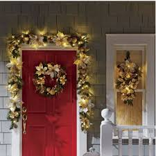 Homes With Christmas Decorations by 52 Best Home For The Holidays By Country Door Images On Pinterest