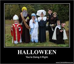 Funny Family Halloween Costumes by Halloween You U0027re Doing It Right Faith Saints And Humor
