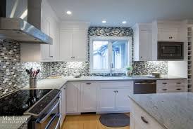 granite countertop cream shaker kitchen doors stacked stone