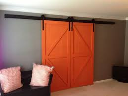 Sliding Barn Closet Doors by Best 10 Barn Door Hardware Canada Ideas On Pinterest Sliding