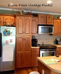 How To Paint Your Kitchen Cabinets Using Annie Sloan THE REVEAL - Can you paint your kitchen cabinets