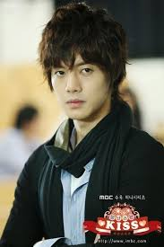 Kim Hyun Joong - Break Down  Images?q=tbn:ANd9GcSwTSxZIknAEYxxwMpfbIA0e9sWrfxYrLJFXRqw7EmOUNo75Qst