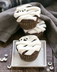 chocolate mummy cupcakes that skinny can bake