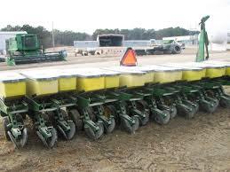 John Deere 7100 Planter by Farm Equipment E B Harris Inc Auctioneers