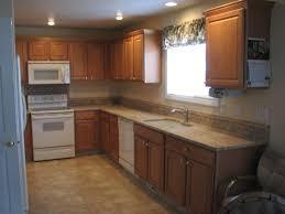 backsplash tile designs for kitchens amazing kitchen backsplash ideas with cream cabinets pictures