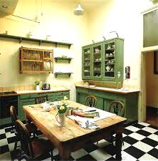 Small Kitchen Dining Ideas Old Fashioned Old Fashioned Country - Old house interior design