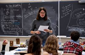 Student Opinion   Are You Distracted by Technology    The New York     The Learning Network   The New York Times Lisa Baldwin  a chemistry teacher  works with her students to fight through academic challenges