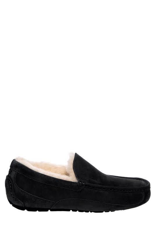 Ugg Ascot Black Ankle-High Leather Slipper 7M