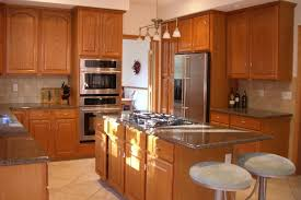 decorating ideas kitchens oak cabinets colors with oak cabinets