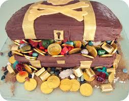 treasure chest cake decorating ideas treasure chest cake for