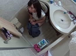 女性アイドルトイレ盗撮|エログちゃんねる