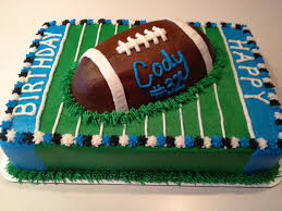 How To Decorate Chocolate Cake At Home Best 25 Football Cakes Ideas On Pinterest Football Cupcakes Mi