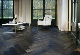 decorating black and white tile flooring matched with white wall