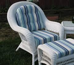 White Wicker Outdoor Patio Furniture best 25 outdoor wicker chairs ideas on pinterest backyard