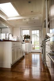 Kitchen Cabinets And Islands by 25 Best Off White Kitchens Ideas On Pinterest Kitchen Cabinets