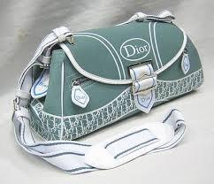 أحدث موديلات شنط لماركة Dior images?q=tbn:ANd9GcT6aLmT_0Zed5uKshUYTFvFWpQBae9lYaJAc5ehydkF7GdvidS_eg
