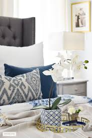 Grey And White Bedroom Decorating Ideas Best 25 Blue And White Bedding Ideas On Pinterest Blue Bedding