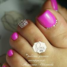 pink toe nails toe nail art pinterest toe nails toe and pink