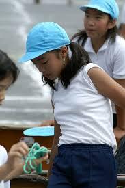 女子小中学生の膨らみかけの胸画像|jc js 膨らみかけ||JS小学生おっぱい