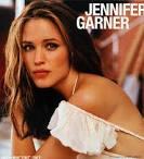 """Her birth name is Jennifer Anne Garner. 3. She stands at 5′ 9"""" (1.75 m). - jennifer-garner"""