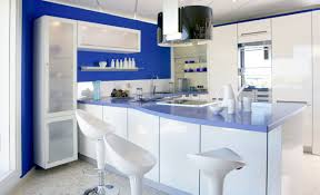 blue kitchen decor what a bright and cheerful kitchen love the