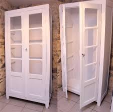 armoire vintage enfant restaurer vielle armoire enfant redonner vie à un meuble vitage