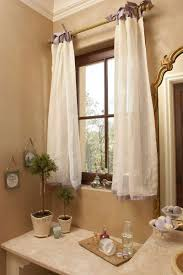 bathroom curtain tips and how to make the choice for the window