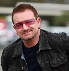 Bono ed i suoi capelli... trapianto o magggia??? - Pagina 6 Images?q=tbn:ANd9GcT9_GdbqUlsEMYQ7Ivctvr9lqoUwa7jXO2mJX8qCfC9fUrAnZ4j