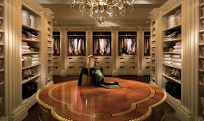 luxury dressing room for more pictures please visit http a sea