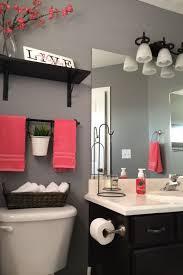 Paint For Bathroom Walls Best 25 Gray Bathroom Walls Ideas On Pinterest Gray Bathroom