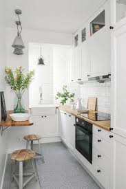 Ideas For A Small Kitchen Space by Best 25 Apartment Interior Design Ideas On Pinterest Apartment