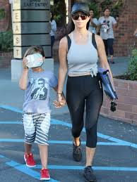 cameltoe pants|Kourtney Kardashian\u0027s Camel Toe in Yoga Pants