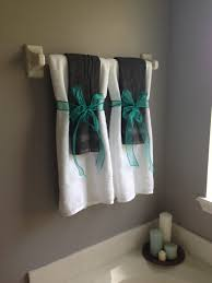 Towel Folding Ideas For Bathrooms So No One Uses The Decorative Towels Bath Shower Pinterest