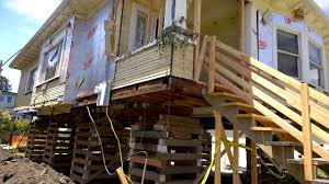House On Pilings by House On Stilts This Is How They Lift Houses In America Youtube