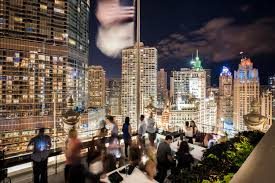 chicago rooftop bar with a view londonhouse chicago