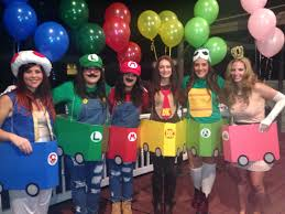 Group Family Halloween Costumes by 8 Co Ed Group Halloween Costumes Mario Kart Mario And Costumes