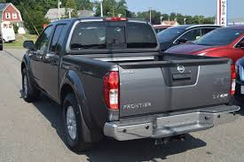nissan frontier mpg 2017 new 2017 nissan frontier sv v6 crew cab pickup crew cab pickup in
