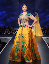 2014 Moroccan caftans magnificence Nightlife images?q=tbn:ANd9GcT