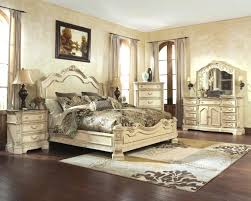 Vintage White Bedroom Furniture Bedroom Affordable Broyhill Bedroom Design For Peace And Serenity
