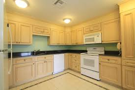 Maple Kitchen Cabinets Kitchen Maple Kitchen Cabinets And Wall Color Whiteceramic