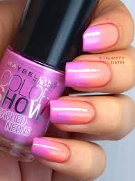 summer gradient with maybelline color show bleached neons nail
