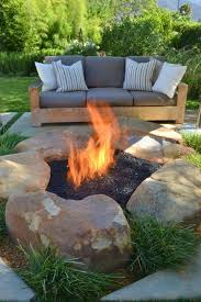 Ideas For Fire Pits In Backyard by Best 20 Small Fire Pit Ideas On Pinterest Diy Outdoor Fireplace