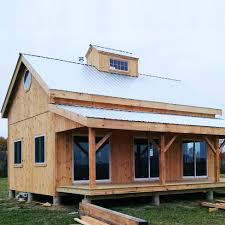 Barn Floor Plans With Loft Home Plans Barn Plans With Living Quarters For Inspiring Rustic