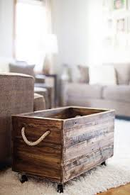 Easy To Make Wood Toy Box by 25 Best Pallet Boxes Ideas On Pinterest Rustic Storage Boxes