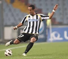 Cagliari 0-4 Udinese, buts (Benatia, Sanchez, Di Natale) et résumé vidéo (Série A, 29ème journée, 13 mars 2011)